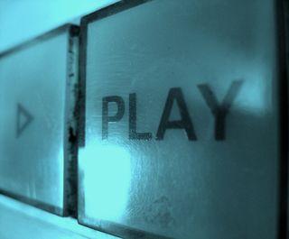 Play_Eyeliam FCC