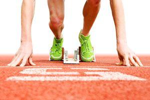 Runners start